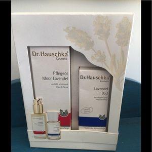 DR. HAUSCHKA CARE OIL LAVENDER BATH & OIL NEW